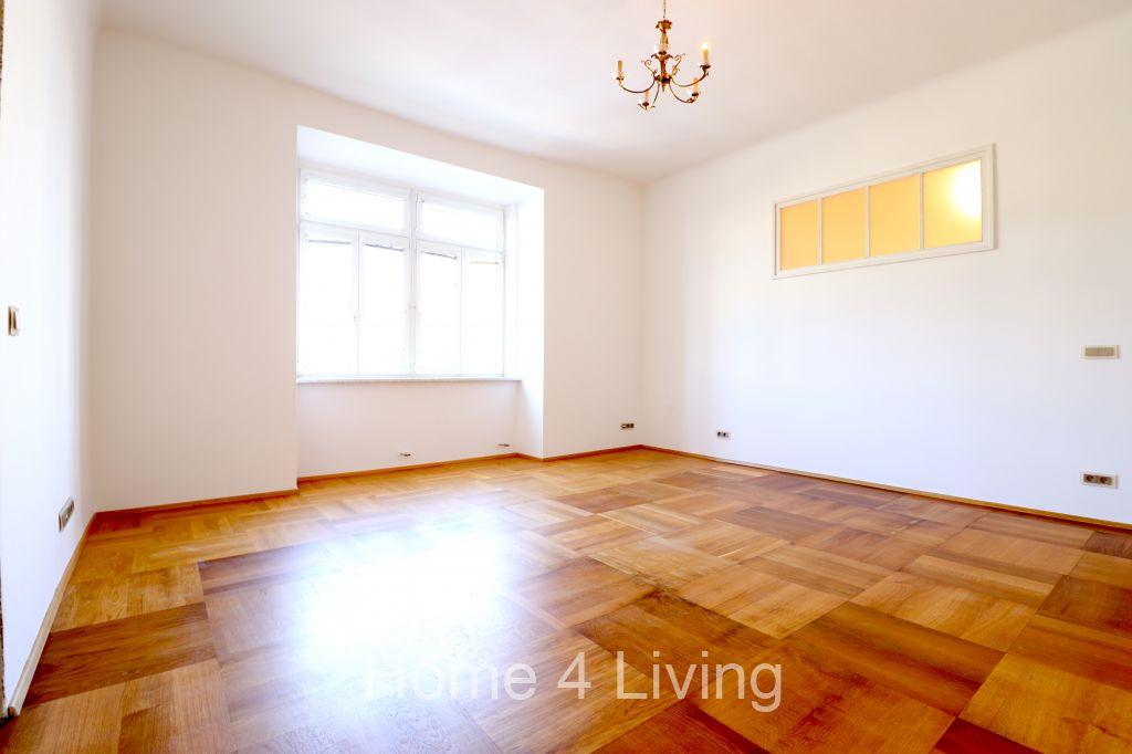 Pronájem bytu 2+kk, 75m2, ul. Koliště