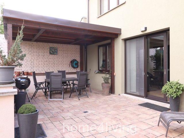Prodej RD, 5+kk, obec Velešovice, garáž, novostavba 2013, solární elektrárna, krb, terasa