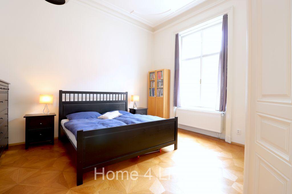 Prodej velice hezkého bytu 4+kk, Brno - Centrum, ul. Cejl, parkovací stání, nová kuchyňská linka,