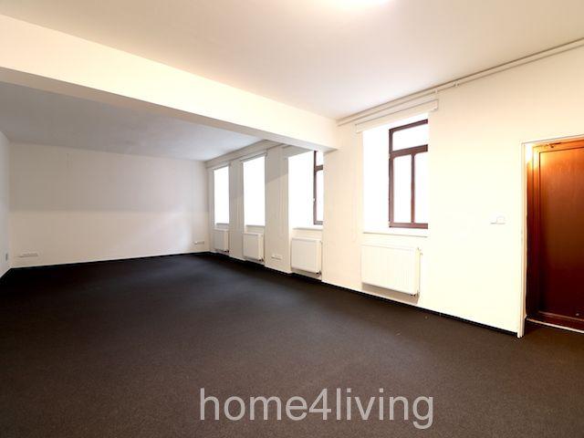 Pronájem kancelářských prostor, Brno - Královo Pole, ul. Štefánikova, vlastní kuchyňka, sociální zařízení